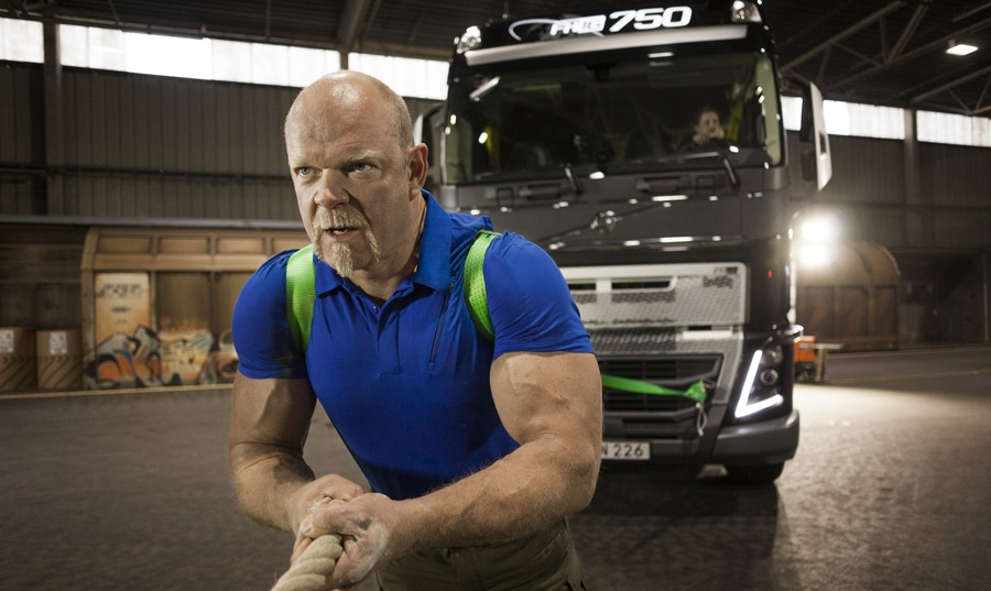 """Sfida di """"peso"""" per Volvo..."""